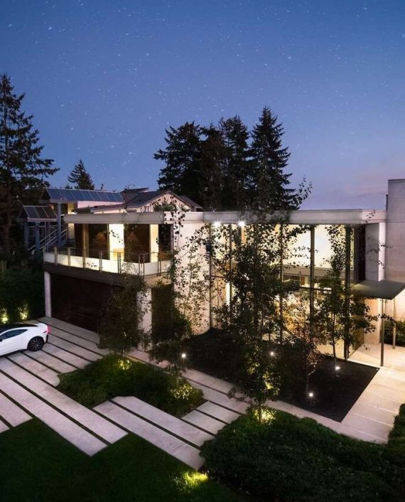 Roofing contractors Vancouver